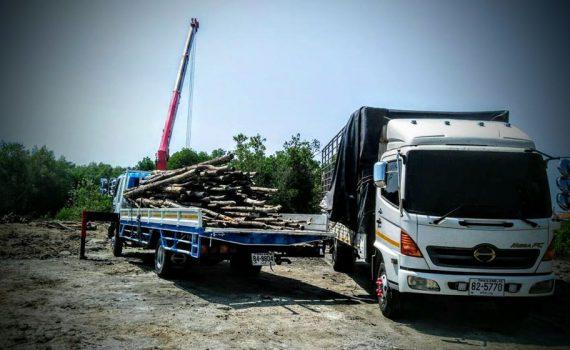 รถเฮี๊ยบกบินทร์บุรี บริการรถเฮี๊ยบ รถบรรทุกติดเครน 3 ตันถึง 10 ตัน มีทั้ง 6 ล้อและสิบล้อ (34)